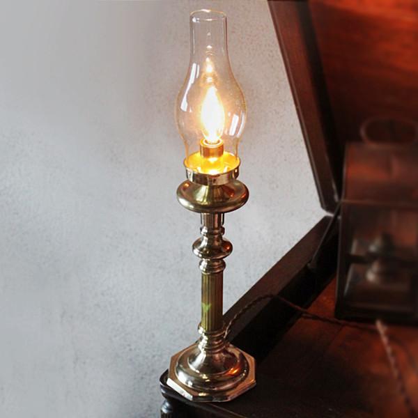 画像1: コロニアルヴィンテージガラスチムニー付真鍮製テーブルランプ/アンティーク卓上照明 (1)