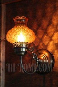 画像2: ヴィンテージアーガイルアンバーガラスシェード鍵付きブラケットランプA/アンティークホブネイルコロニアル照明
