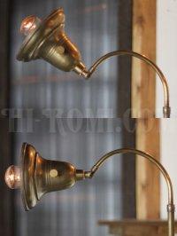 画像2: 工業系テーブル照明|ベル型シェードの真鍮製ファーマシーライト