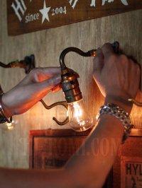 画像2: USAヴィンテージLEVITON社製プッシュソケット&ミニ角度調整付きブラケット/アンティーク工業系照明壁掛ランプ