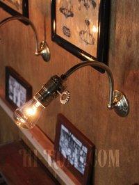 画像2: USAヴィンテージ鍵スイッチ付き真鍮製カーブアーム工業系ブラケットA/アンティークウォールランプインダストリアル照明壁掛ランプ