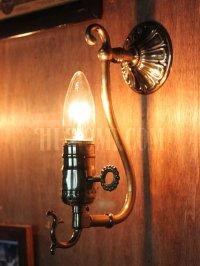 画像2: LEVITON社製真鍮ソケット付きコロニアルフォーリッジスクロールミニブラケットランプA/アメリカンヴィクトリアン壁掛照明ウォールランプ