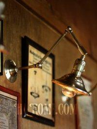 画像1: LEVITON社製真鍮ソケット付きインダストリアル3点角度調整&シェード付きブラケットランプA/アメリカン作業灯ランプ壁掛照明ウォールライト