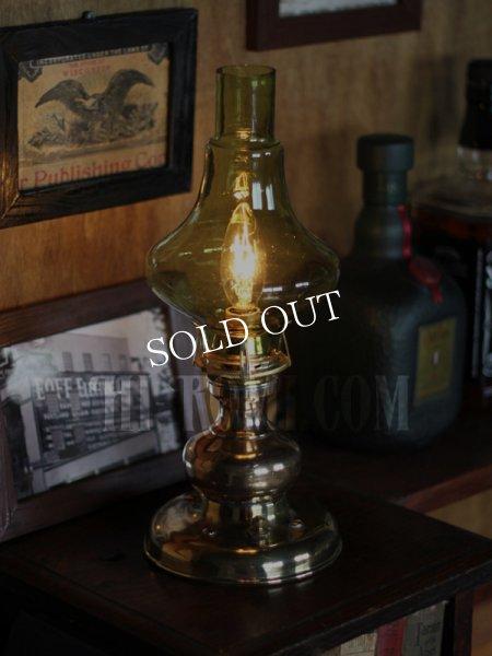 アンティークテーブルライト|イエローグリーンガラスチムニー真鍮卓上照明