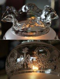 画像2: 卓上照明|ヴィンテージリボン&リース模様のフリルガラスシェード付テーブルライト