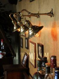 画像3: LEVITON社製パドルスイッチソケット&角度調整付ミニシェード真鍮製ブラケット/工業系壁面照明ウォールランプライト