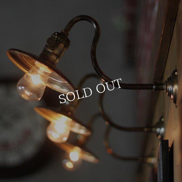 画像1: 工業系壁掛け照明|インダストリアル真鍮平皿シェードブラケットライト (1)