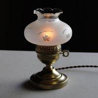 画像1: USAヴィンテージフロストガラス製フリルチムニー付テーブルランプ|アンティーク卓上照明ライト