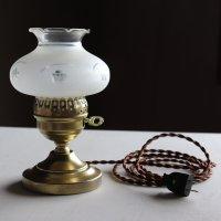画像3: USAヴィンテージフロストガラス製フリルチムニー付テーブルランプ|アンティーク卓上照明ライト
