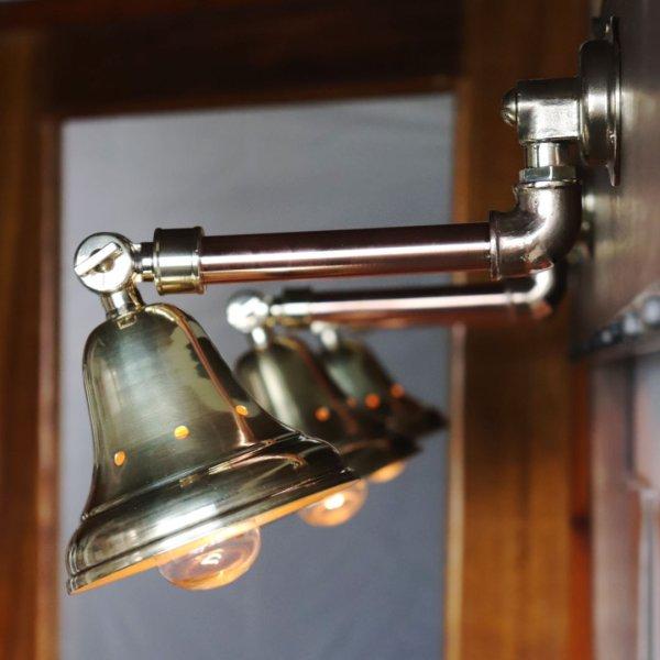インダストリアルブラケットライト|真鍮製山型シェード&銅製配管工業系壁掛け照明