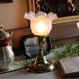 アンティーク卓上照明|USAヴィンテージフリルガラスシェード真鍮製テーブルライト