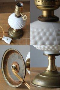 画像2: USAヴィンテージ卓上照明鍵スイッチ付ホブネイルミルクガラス&真鍮のテーブルライト アンティークテーブルランプ