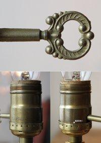 画像2: USAヴィンテージ卓上照明アロープリズム付真鍮製ミニテーブルライト|ヴィクトリアンランプシャンデリア槍型ドロップ