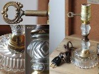 画像2: USAヴィンテージ真鍮卓上照明鍵付カットが美しいガラス装飾のテーブルランプ|アンティークヴィクトリアンテーブルライト