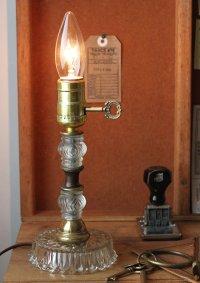 画像1: USAヴィンテージ真鍮卓上照明鍵付カットが美しいガラス装飾のテーブルランプ|アンティークヴィクトリアンテーブルライト