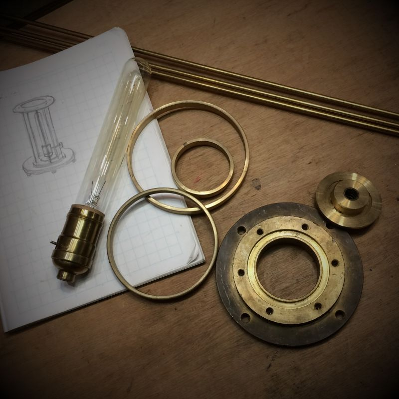 一点物の真鍮製テーブルライトを製作スタート! ワンオフ・・この世に一つだけのHi-Romiオリジナルデザインの照明なのです。